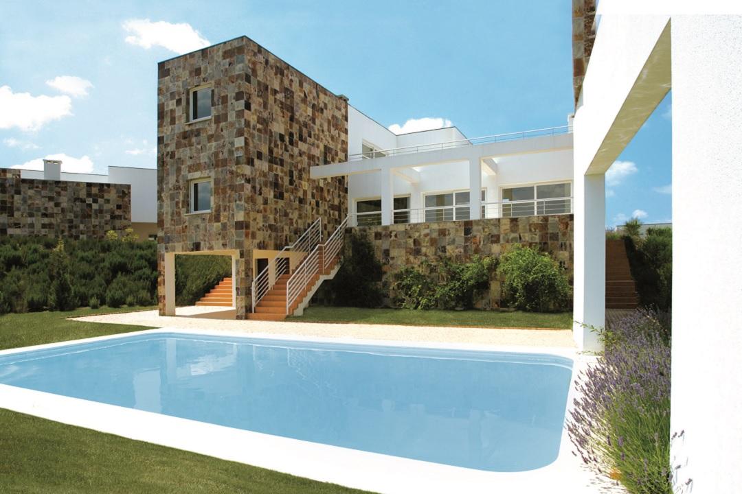 Villa V4 - Piscina Privada